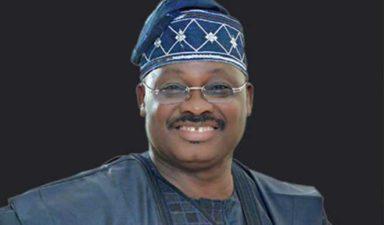 Oyo mandates contractors to patronise 440,000 artisans, tradesmen
