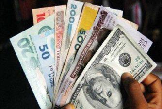 Dollar falls to N470 at parallel market