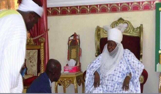 Magu-with-Emir-of-Ilorin.jpg