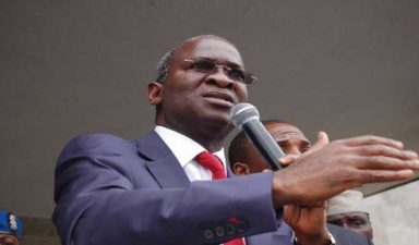 Fashola advises journalists over objective reportage