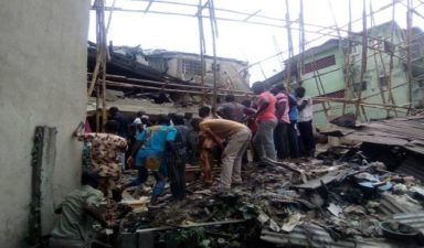 BREAKING: Many feared dead as building collapses in Lagos