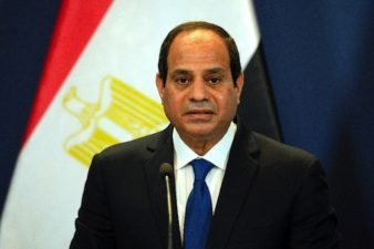 Egyptian air strikes hit vehicles crossing from Libya