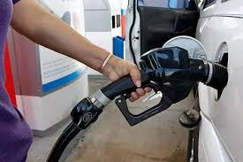 Abuja residents hail drop in price of petrol as stations reduce pump prices