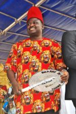 A handshake across the Niger, by Femi Adesina