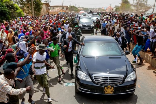 Buhari-arrives-Jos5.jpg