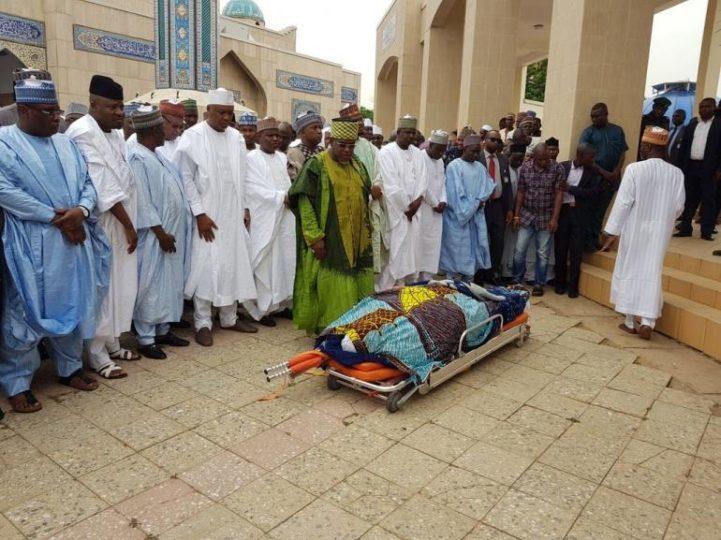 Imam-Imam-burial-Janazah.jpg