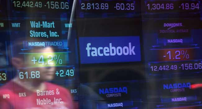 Facebook-Logo-at-New-York-Stock-Exchange.jpg