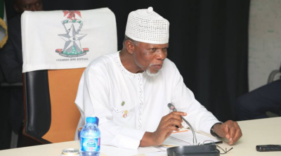Customs donates bags of rice, other items to Benin IDPs
