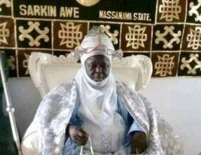 President Buhari mourns Emir of Awe