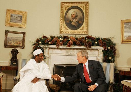 Umaru_YarAdua_with_George_Bush_December_13_2007-1.jpg