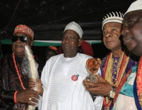 Gov-Ganduje-with-Igbo-Chieftancy-Title-for-President-Buhari-1.jpg