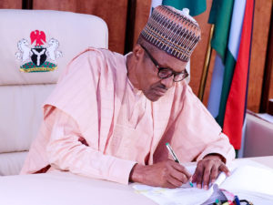 Buhari signs Executive Order 07 on Public Private Partnership in tackling road infrastructure